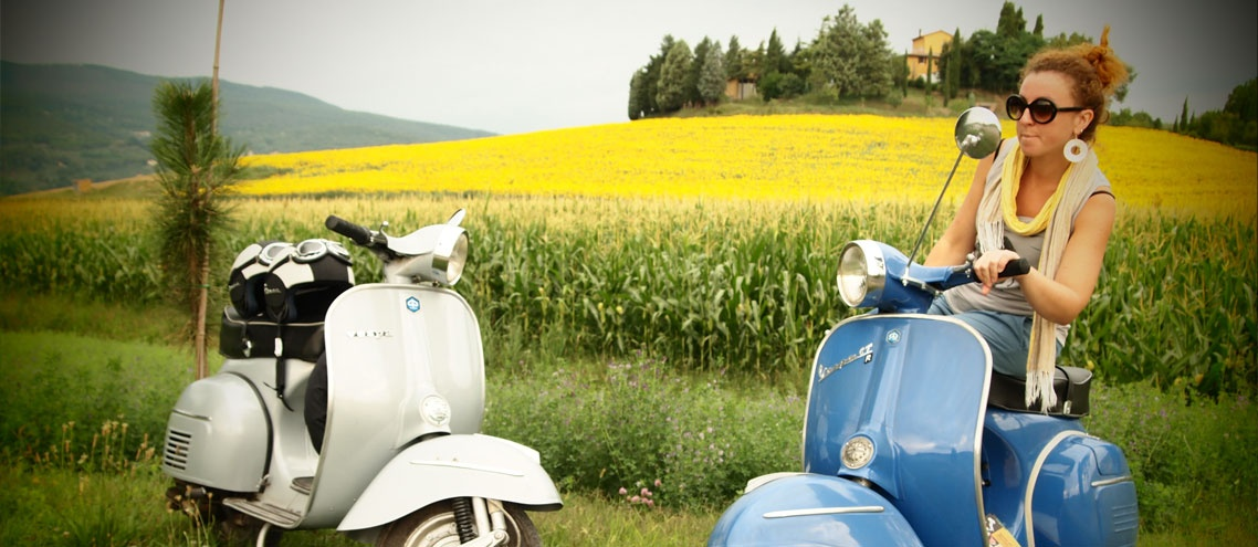 drive a tour with a Vespa or Fiat 500